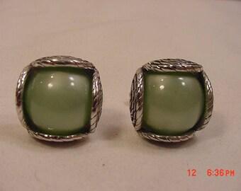 Vintage Green Glass Cuff Link Set  18 - 111