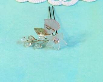 Flower girl hair pin, flower girl bobby pin, flower girl jewelry, flower girl headpiece, flower girl hair accessories, flower girl hair pins