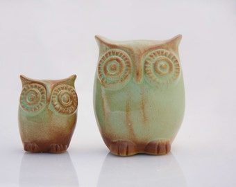 Handmade Ceramic owl family , mama and child owl set, nursery decor  in moss green