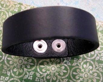 Leather Bracelet in Black from Nunn Design