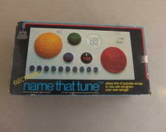 Vintage 1980's Name That Tune Game