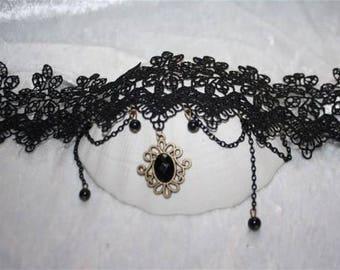 baroque lace necklace