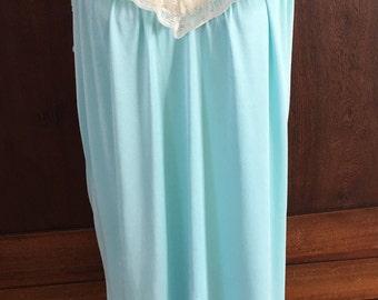 M / Nightgown / Blue / Vintage / Medium