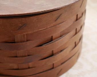Vintage Wood Box, Wooden Box, Woven Basket, Circular Box, Lidded Box, Sewing Box, Hinged Lid, Wooden Basket, Round Basket, Storage Box