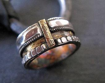 Mens Wedding Band Viking Wedding Ring Rustic Mens Wedding Ring Unique Mens Wedding Band Gold Silver Ring Mens Wedding Bands Wedding Ring