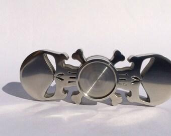Skull spinner fidget for EDC. Stainless steel, 10 ceramic bearing balls (r188 FZ Hc1)