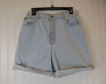 High Waisted Shorts, 90s Light Wash Denim Cuffed Short, Women's Size 14, Hunt Club, Distressed Grunge