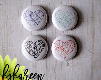 "Badge 1 ""- lined hearts"