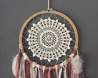 Dream catcher in dusky pink and white