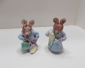 Two Vintage Mice Figurines (15) Mom and Dad Mice