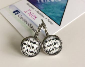 Stainless steel cabochon earrings