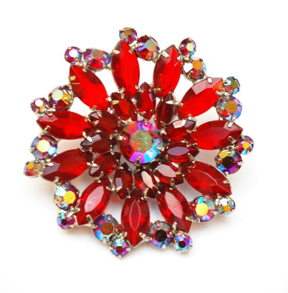 Red Rhinestone Flower Brooch  - red Crystal  Glass  Aurora borealis - Silver -  Floral Mid century  Pin