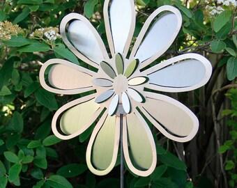 Large Flower1 Yard Stake