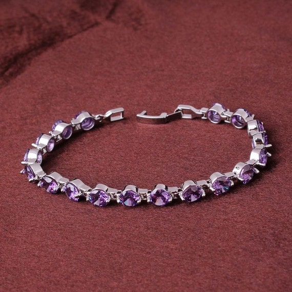 Lovely 18 ct white gold filled purple sapphire crystal bracelet