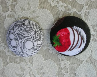 2 Magnets, chocolate-covered strawberry and abstract paisley design, Japanese fabric