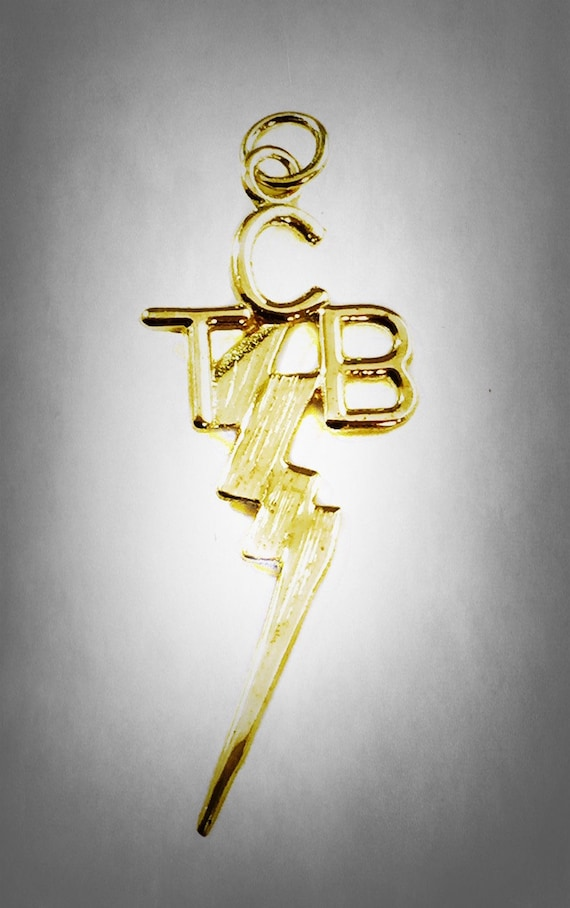 Elvis presley 14k kart gold tcb pendant taking care of mozeypictures Image collections