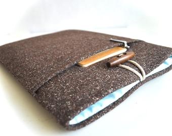 "iPad Case, iPad Air Cover, iPad Pro Case, Google Pixel, Asus Chromebook Flip 10.1"" Custom Sleeve Padded With Pocket - Brown Wool"
