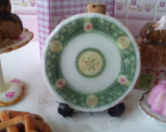 Dolls House miniature Victorian Chritmas Ceramic Plate