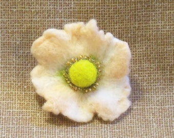Needle Felted Flower - Pin - Brooch - Soft Peach and Chartreuse - Felt Flower - Felted Poppy - Needlefelt Flower - Gift for Her