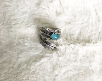 Feather Quartz Ring,Silver Tone Ring,Semi Precious Stone,Blue Color,Boho Chic,Stackable Ring,Adjustable
