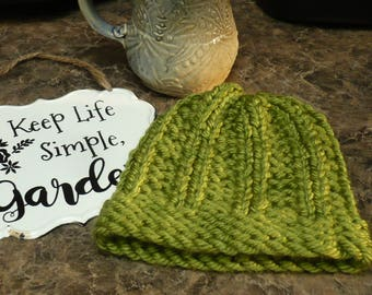 """Baby Stocking Cap - Oklahoma Green (5.5"""") Baby hat. Infant hat. Baby beanie. Infant stocking cap. Baby stocking hat. Bearpaw Crafts by Tania"""