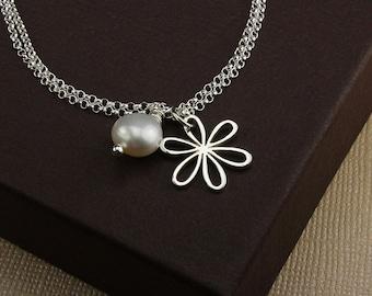 Daisy pearl bracelet freshwater pearl bracelet pearl charm bracelet silver charm bracelet daisy bracelet daisy jewelry daisy pendant charm