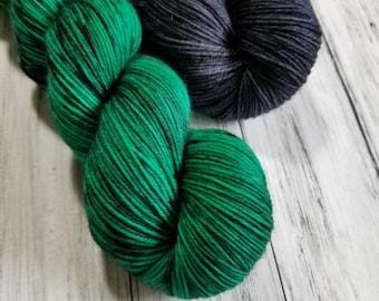 Quarterly Yarn Club - Gypsum MCN duo - Malachite and Obsidian