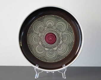 Rorstrand 'Kastanj' dish F4 (chesnut) from 1970's in green, brown and purple colours. (Rörstrand)