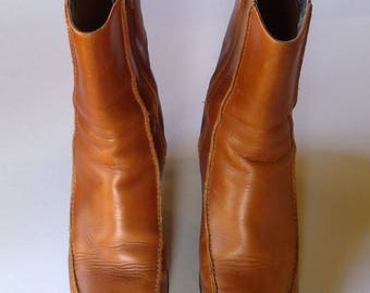 Vintage Kenneth Cole Reaction Leather Ankle Boots with Stacked Wood Heels - Size 6 1/2
