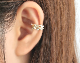 Ear cuff, no piercing, non pierced, laurel wreath, earrings, ear jacket, CZ ear cuff, ear crawler, no pierce, CZ ear climber, earcuffs, gift