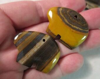 35x25mm, Tiger/Zebra Iron Jasper, Zuni Bear Pendants, Hand-Carved Stone - Available Individually & in Larger Quantity Pkgs