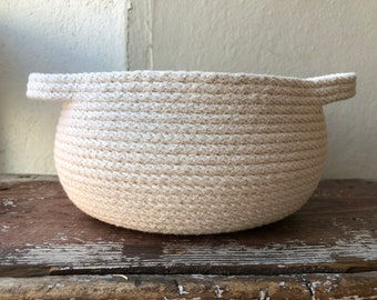 Medium Dual-Handle Rope Bowl
