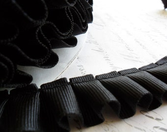 7/8 Black Box Pleated Grosgrain Ribbon Trim
