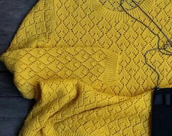 Openwork yellow Jersey