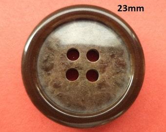 8 dark brown Buttons 23 mm (5500) button Brown