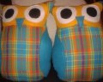 Cute Novelty Owl Cushion / Throw Pillow - Medium