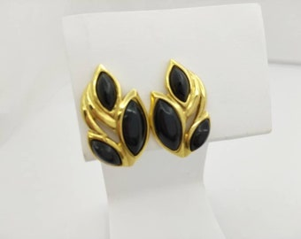 Trifari Black Leaves  Gold  Clip earrings  signed Casual Modern