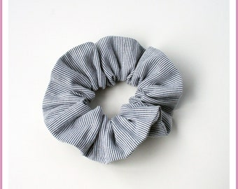 Elastic hair tie/scrunchie size STANDARD or MINI - STRIPED Navy/white patterned fabric - girl and woman
