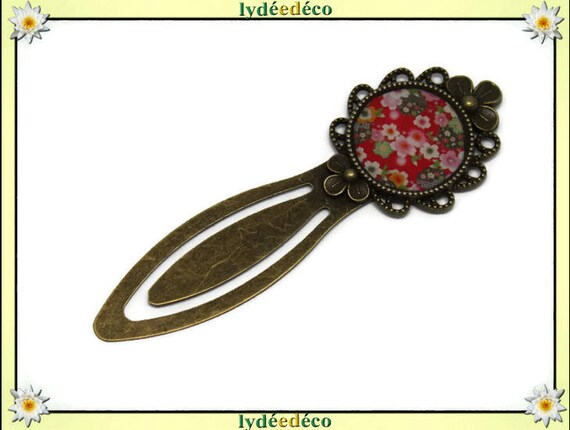 Bookmarks resin flowers vintage retro Japanese green white pink red sakura brass diameter 20mm