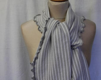 Gray and white striped scarf
