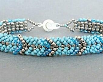 blue friendship bracelet, bracelet beaded,  beaded bracelet for her,  gift for her, stackable bracelet,  seed bead jewelry, boho bracelet