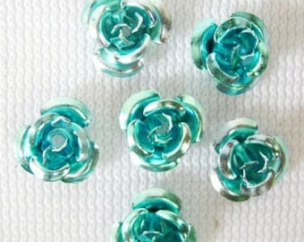 50 small flowers in turquoise aluminum