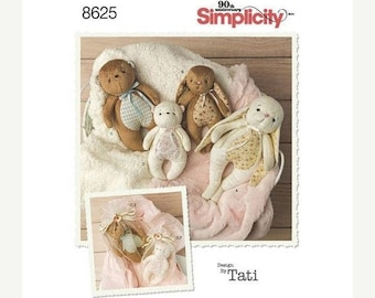 pattern Simplicity 8625 Stuffed Animals and Gift Bags Sewing Pattern, Each in Two Sizes, New Uncut, Bunnies and Bears