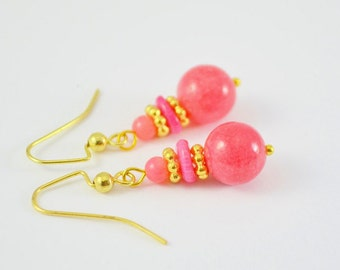 FREE SHIPPING,coral earrings,coral pink earrings,pink coral earrings, pink dangle earrings, coral dangle earrings, coral and gold earrings