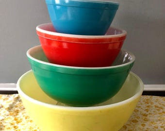 Fabulous Set Of 1950's Vintage Primary Colored Pyrex Mixing Bowls, Four Bowls, Yellow, Green, Red, and Blue,NJ Estate.