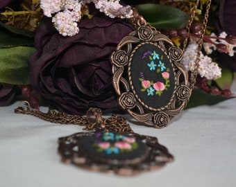 copper handmade flower embroidered necklace