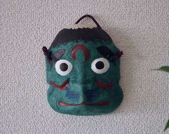 Omenー face mask・Kappa(河童)      Wear this omen at the time of the ritual and the festival.