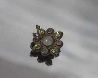 925 - Vintage Moonstone & Peridot Star Pendant Pin/ Brooch in Sterling Silver