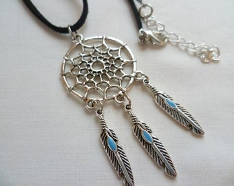 Dream catcher necklace, silver necklace,dream catcher jewellery,gift,boho jewelry,southwestern,native american necklace,pendant,feather