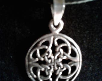 Sterling Silver Celtic charm (19)